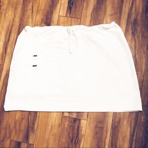 Athleta | White Excursion Skorts